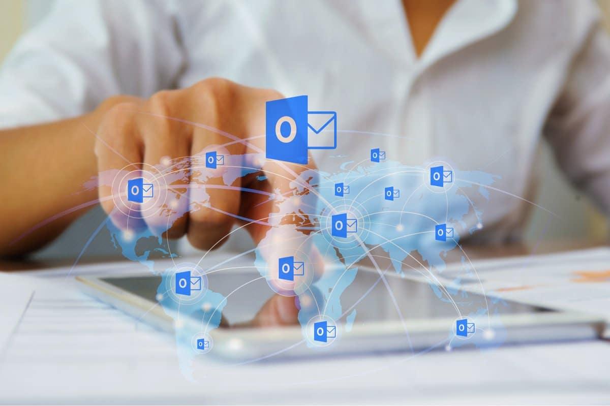 Microsoft Outlook prédiction de saisie